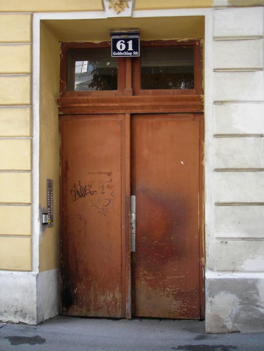 Sanierung von Eingangstür