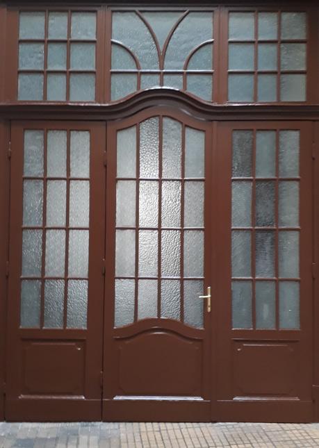 Restauriertes Eingangsportal